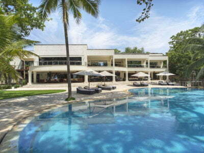 Photo of Almanara Luxury Resort