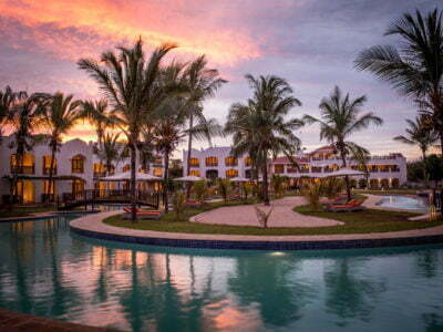 Photo of Silver Palm – Pay 3 stay 4 nights!